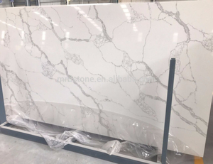 China 100% Export Standard Commercial Worktop Calacatta White Artificial Gold Quartz Stone