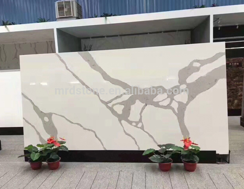 Interior decoration surface smooth polished Calacatta White Quartz slab with veins