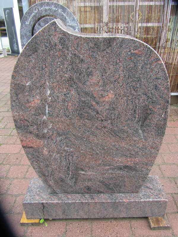European Style Granite Stone Memorial for Custom Designs